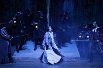 BOSTON - MDOB 'Maskeli Balo' Operasını Sahneledi