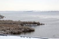 YAĞAN - Mogan Gölü Beyaza Büründü