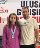 KIRMIZI IŞIK - Şampiyon Yüzücü Yaşam Mücadelesi Veriyor