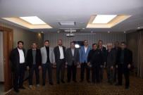 AK Partililer Basın Mensuplarıyla Bir Araya Geldi
