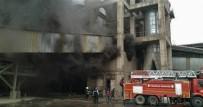 Çimento Fabrikasındaki Yangın Söndürüldü