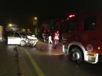 Hızını Alamayan Otomobil Çekiciye Çarptı Açıklaması 1 Ağır Yaralı