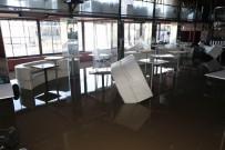 PİKNİK ALANI - Kırılan Baraj Kapağının Yükselttiği Sular Çekildi, Zarar Ortaya Çıktı