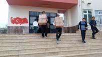 AHMET ÖZDEMIR - Öğrenciler Topladıkları Kitapları Paylaştı