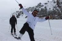KAR KALINLIĞI - Erzincan Ergan Dağı Kayak Merkezinde Kayak Sezonu Açıldı