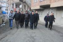 CÜNEYT EPCIM - Hakkari'de Sıcak Asfalt Çalışması