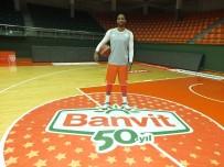 SAN ANTONIO - NBA Ligi'nin skorer ismi Neal Banvit'te