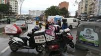 OSMAN YıLMAZ - Panelvan Minibüs İle Motosiklet Çarpıştı Açıklaması 1 Yaralı