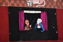 KUKLA TİYATROSU - Dursunbey'de Çocuklara Kukla Gösterisi