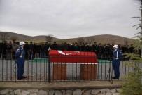 Kıbrıs Gazi Son Yolculuğu Uğurlandı
