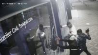 Kocaeli'de Hırsızlar 1.5 Dakika 80 Bin TL'lik Telefon Ve Tablet Çaldılar