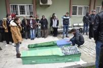 HASAN ŞıLDAK - Anne Ve Kardeşleri Babaları Tarafından Katledilen İki Kardeşin En Acı Günü