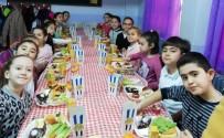 Edremit'te Öğrencilerin 'Yerli Malı Haftası' Coşkusu