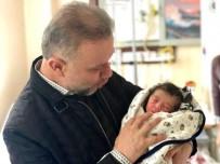EMINE ERDOĞAN - Eymen Ve Vedat Bebeklere 'Hoş Geldin' Ziyareti