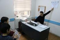 GÖZ KAPAĞI - Kahramanmaraş'ta 4 Bin Çocuk Göz Taramasından Geçti