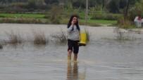 SULAMA KANALI - Manavgat'ta Yağmur Sebebiyle Dere Ve Kanallar Taştı
