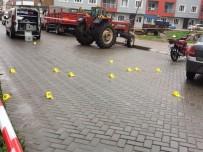 SİLAHLI KAVGA - Manisa'da Kahvehanede Silahlı Çatışma Açıklaması 1 Ölü, 4 Yaralı