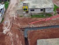 PKK - Teröristler hendek ve tünel kazıyor