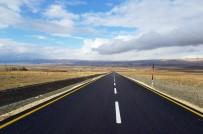YOL ÇALIŞMASI - Van Büyükşehir Belediyesi 2018'De 729 Kilometre Yol Yaptı
