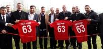 AHMET DURSUN - Açılışı Eski Milli Futbolcular Yaptı