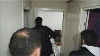 RUHSATSIZ SİLAH - (Özel) İstanbul'da Tamirhaneye Narkotik Baskınından Adeta Cephanelik Çıktı