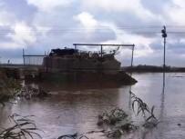 CEYLANPINAR - Sel Sularında Mahsur Kalan 10 Asker Kurtarıldı