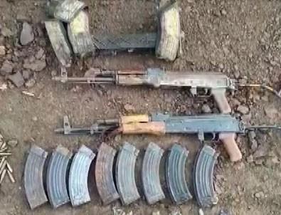 Teröristler kaçarken silahlarını bırakmış