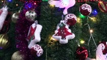 ÖLÜ DENİZ - Han El-Ahmer'de Noel Ağacı Aydınlatıldı