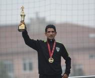 CENGIZ ERGÜN - Manisalı Atlet Ahmet Bayram Mersin'den De Madalyayla Döndü