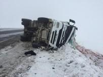 Sarıkamış'ta 2 Ayrı Trafik Kazası Açıklaması 4 Yaralı