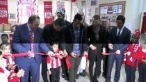 İNÖNÜ STADI - Sivassporlu Futbolcular Öğrencilerle Buluştu