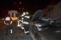 YENIKENT - Söke'de Trafik Kazası Açıklaması 3 Yaralı