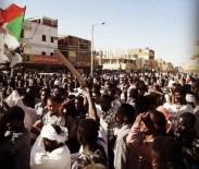 AKARYAKIT İSTASYONU - Sudan'da Protestocularla Polis Arasında Çatışma