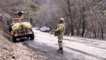 Tunceli'de Mağarada Sıkıştırılan Teröristlere 'Teslim Ol' Çağrısı
