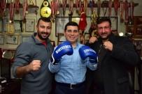 BOKS ELDİVENİ - Tütüncü, Başarılı Sporcuları Kutladı