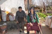 KÖMÜR YARDIMI - Vicdansızlar Kore Gazisinin Evini Soydu