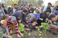 MURAT ÖZTÜRK - 16 Yaşındaki Kayınbiraderin Öldürdüğü Kadına Gözyaşı