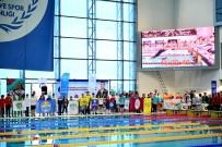 KARŞIYAKA BELEDİYESİ - Karşıyakalı Yüzücülerden 8 Madalya