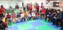 MİLLİ GÜREŞÇİ - Paralimpik Milli Sporcular Mülteci Çocuklarla Bir Araya Geldi