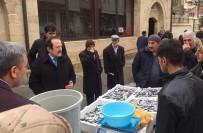 ULU CAMİİ - Vali Pehlivan Hoca Ahmet Yesevi Caddesi Esnafını Ziyaret Etti
