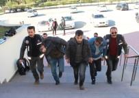 İNSAN TİCARETİ - 44 Mülteciyi Ölüme Götüren İnsan Kaçakçıları Tutuklandı