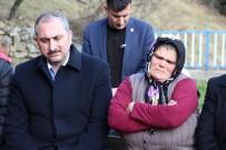 Bakan Gül, Eren Bülbül'ün Mezarını Ziyaret Etti