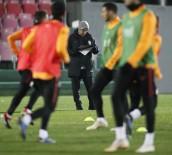 FLORYA - Galatasaray, Sivasspor'a Hazır