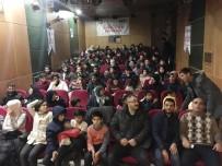 Bayburt'ta Misafir Öğrenciler Sinemada Buluştu