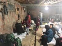 GÖÇMEN KAÇAKÇILIĞI - Çanakkale'de 72 Mülteci Yakalandı