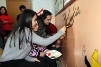 BOZOK ÜNIVERSITESI - El Ele Verdiler Köy Okulunu Renklendirdiler