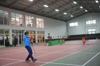 ERTUĞRUL SAĞLAM - Minik Tenisçiler Profesyonelleri Aratmadı