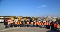 KALDIRIM ÇALIŞMASI - Büyükçekmece Belediyesi Kış Mesaisini Sürdürüyor
