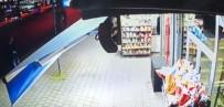 KAMERA KAYDI - Hendek'te Yaşanan Silahlı Kavganın Güvenlik Kamera Görüntüleri Ortaya Çıktı