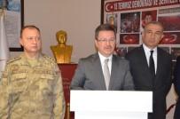 ENVER ÜNLÜ - Iğdır Valisi Ünlü'den 1 Askerin Şehit Olduğu Kazaya İlişkin Açıklama